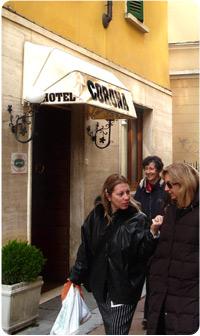 corona ingresso hotel